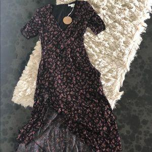 Black floral maxi dress 🖤